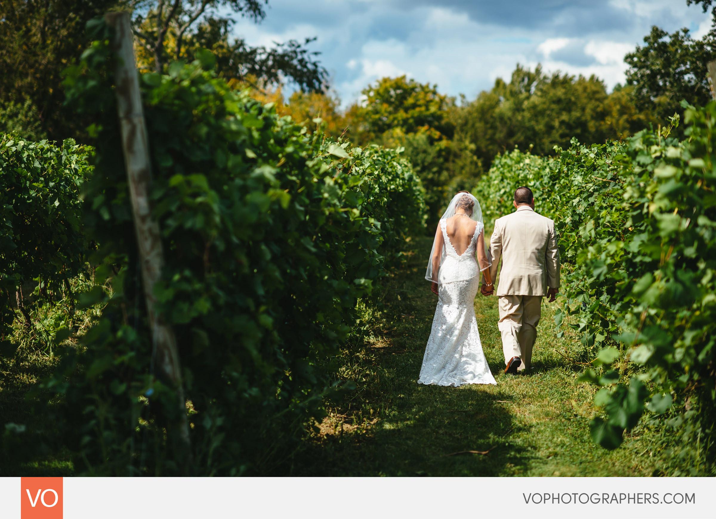 Preston-Ridge-Vineyard-Wedding-Ashley-Greg-0016