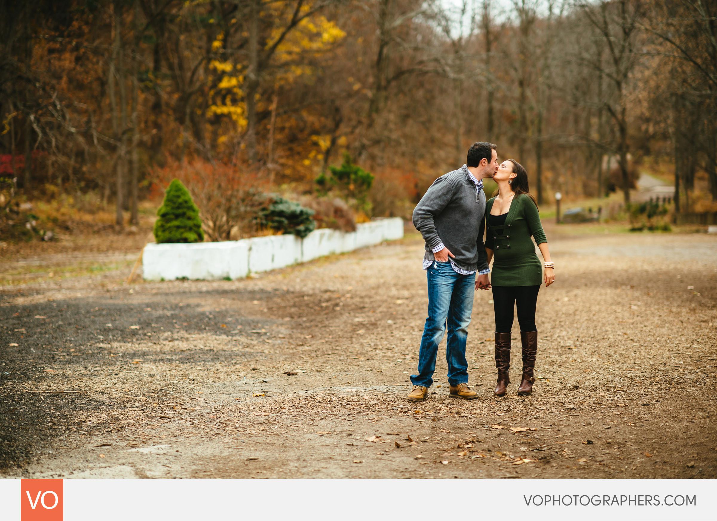 Tarrywile-Park-Mansion-Engagement-Brandon-Ann-0007