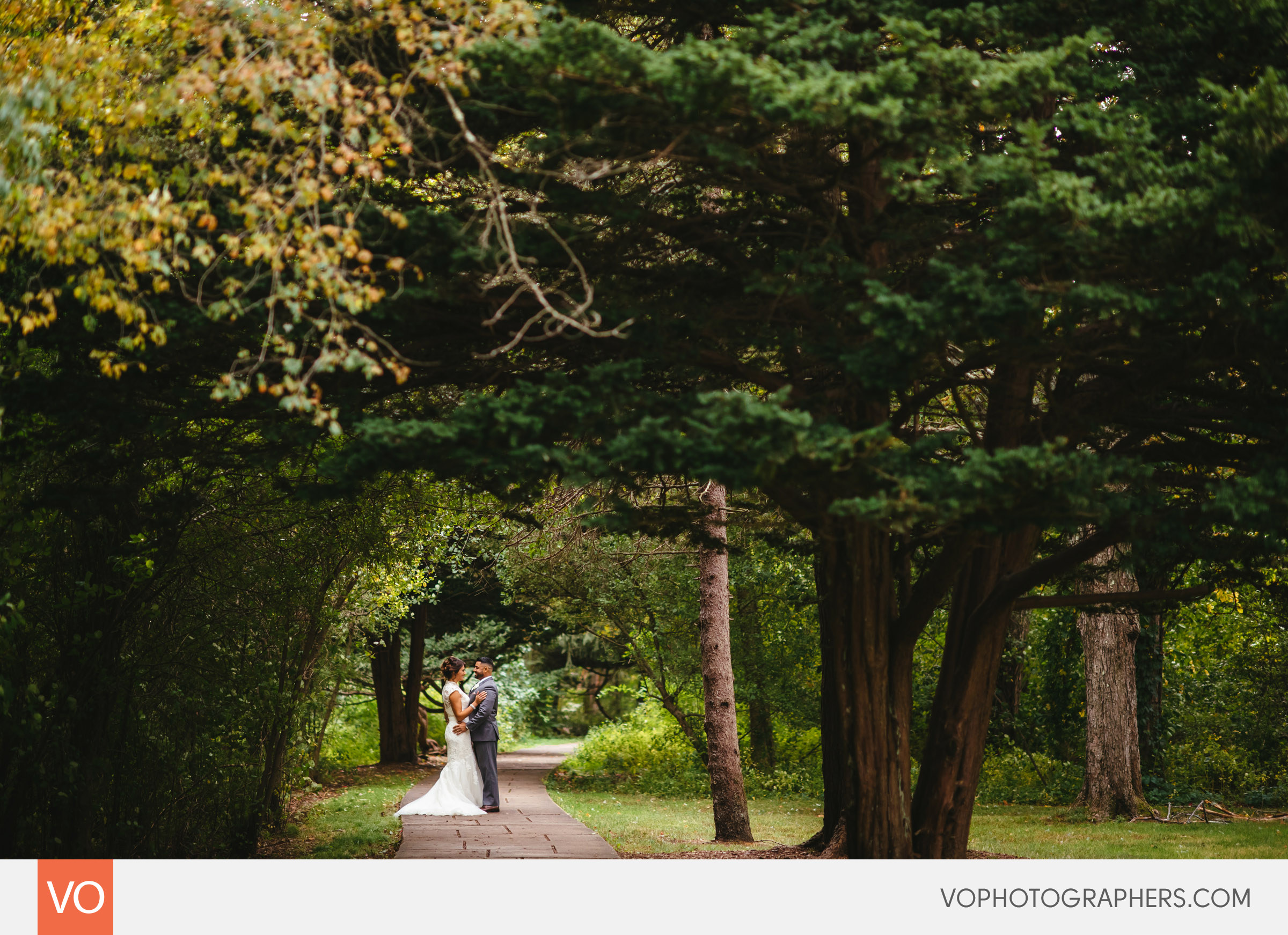 Oriana-Barem-Lakeview-Pavilion-Wedding-0019