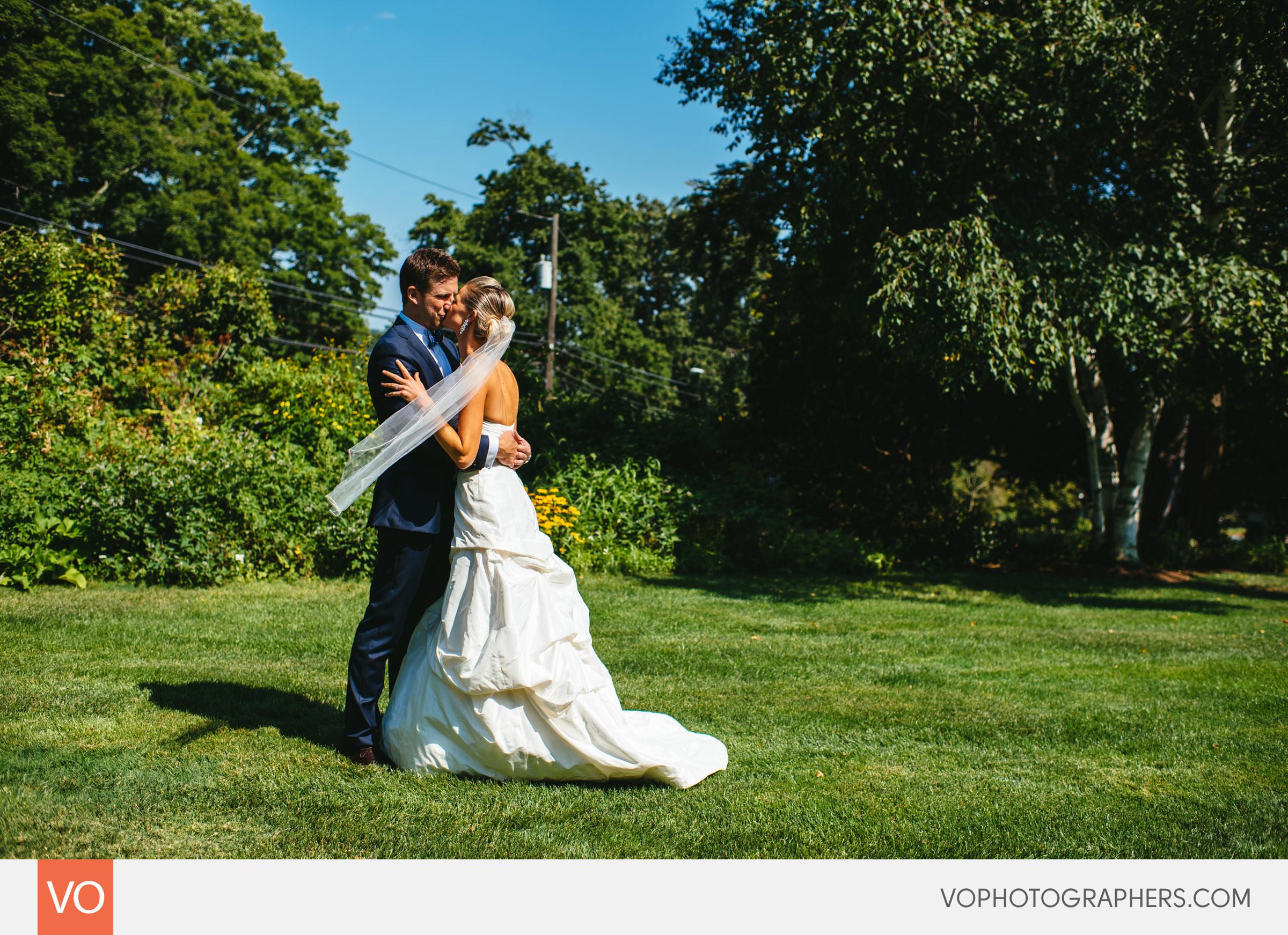 Lizzie-Ted-Stamford-Yacht-Club-Wedding-0015