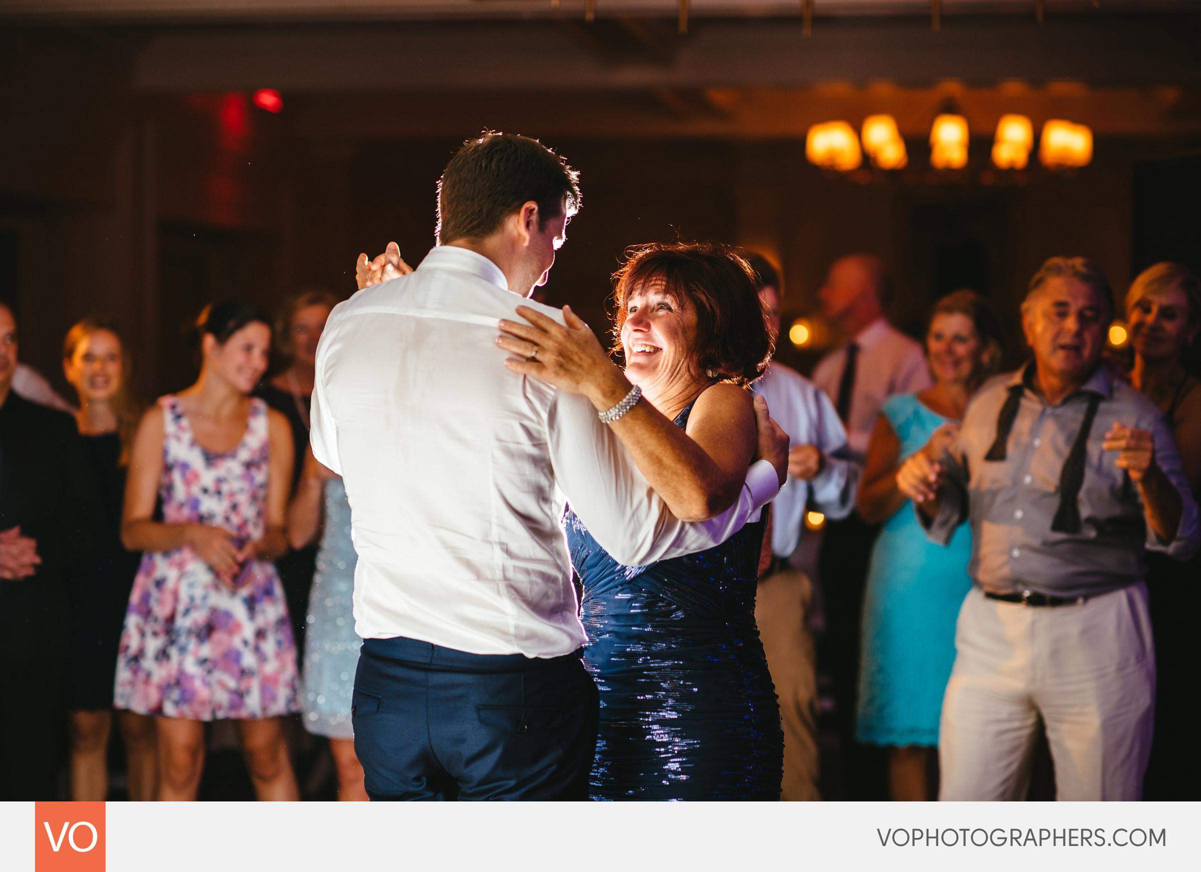Lizzie-Ted-Stamford-Yacht-Club-Wedding-0063